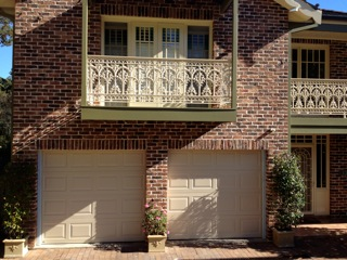 st-ives-panelift-garage-doors-photo1