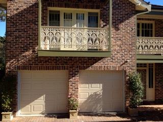 st-ives-panelift-garage-doors-photo1